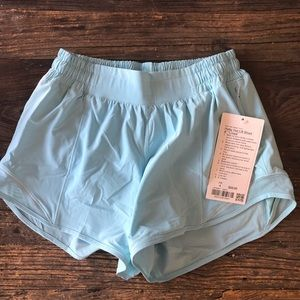 Lululemon hotty hot short SZ 4